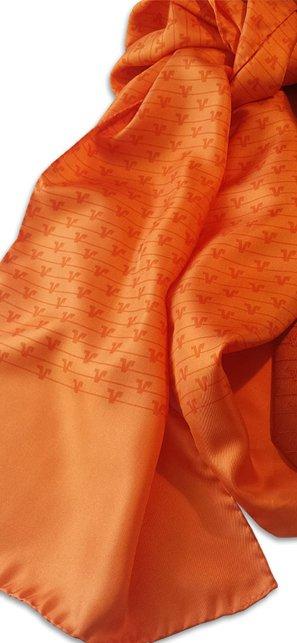 Individuelle Krawatten und Tücher mit Logo