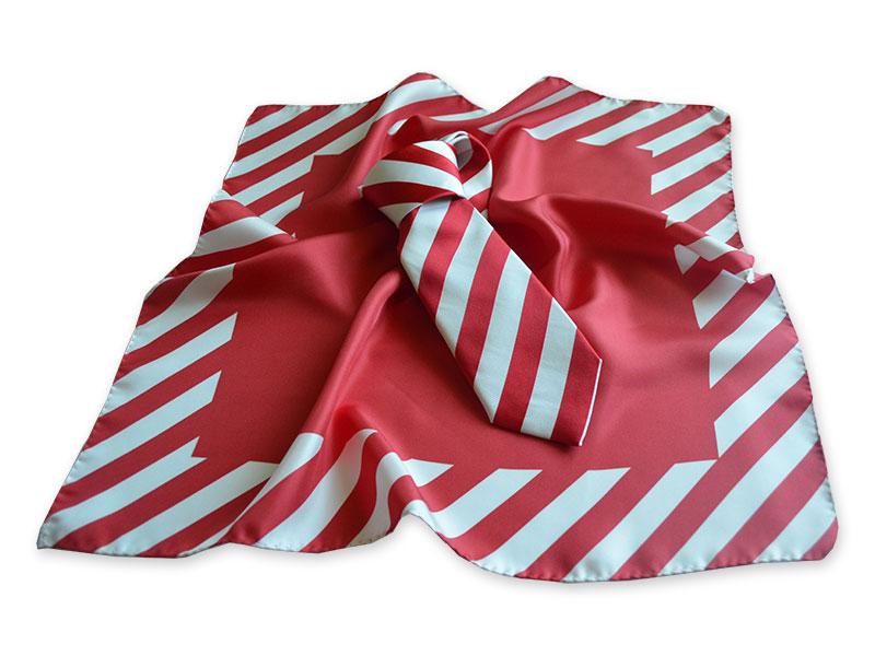 Sommerliche Krawatte aus Seide zweifarbig gestreift mit passendem Tuch