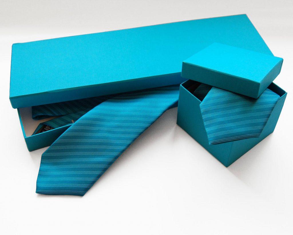 Verpackungen Krawatten Tücher mit Logo bedruckt