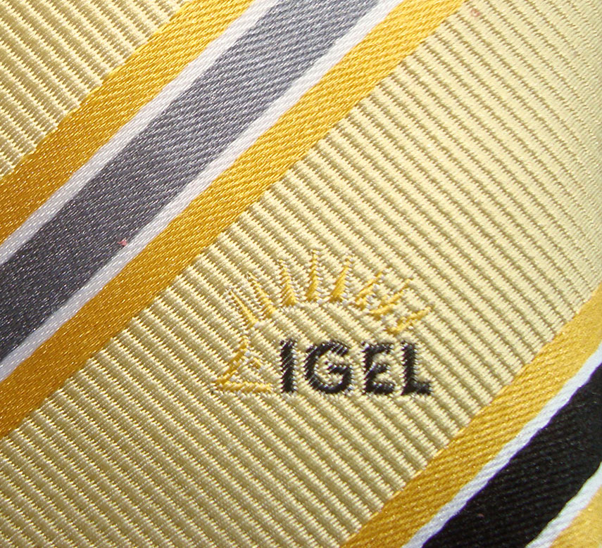 Krawatten mit Logo - Personalisierte Firmenkrawatten, Personalisierte Krawatten und Tücher/Schals für Ihr Unternehmen