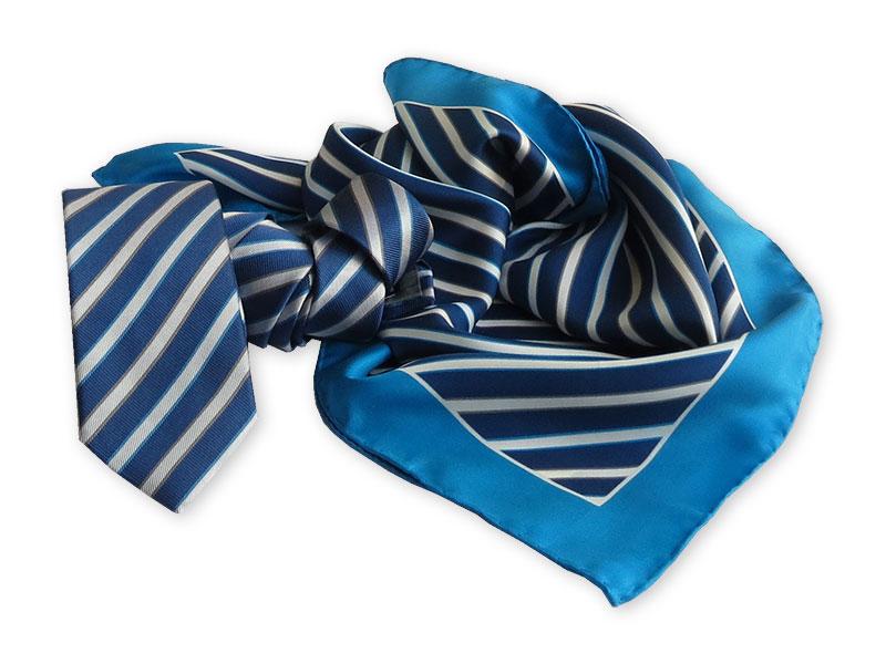 Krawatte mit passendem Tuch in Firmenfarben