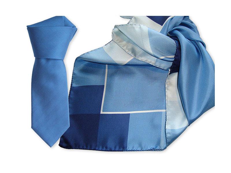 Einfarbige gewobene Seidenkrawatte und passend bedrucktes Tuch