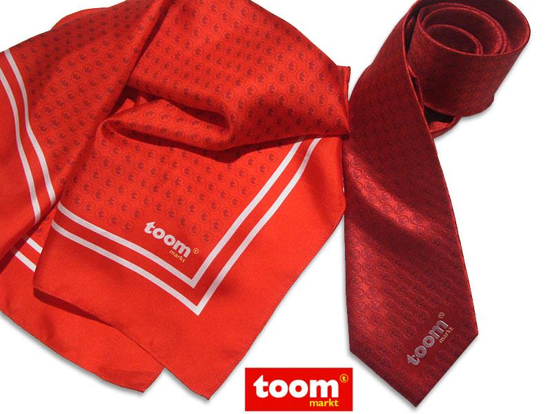 Nickitücher und Krawatten individuell für Mitarbeiter Toom