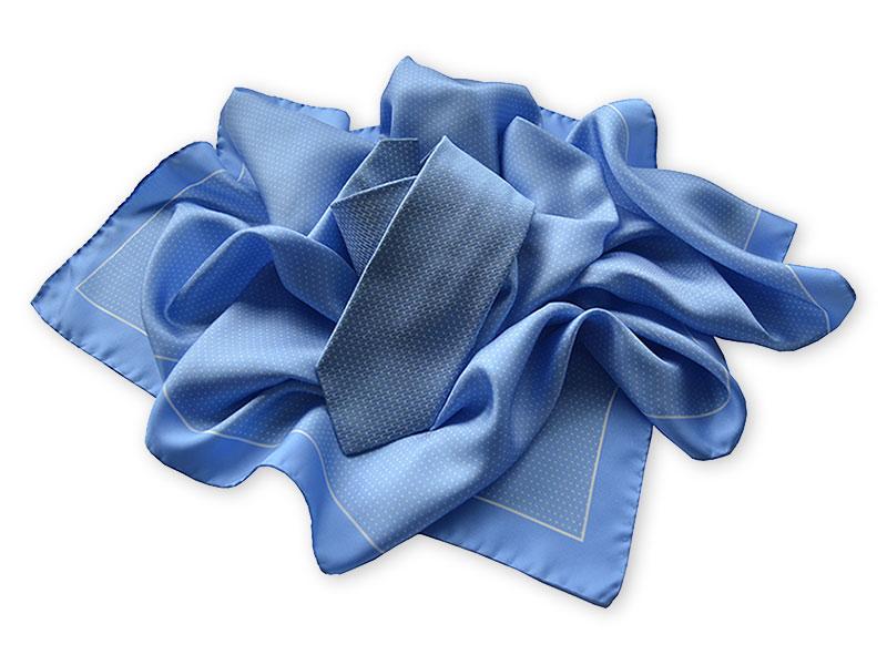 Seidenkrawatten mit passenden Tüchern