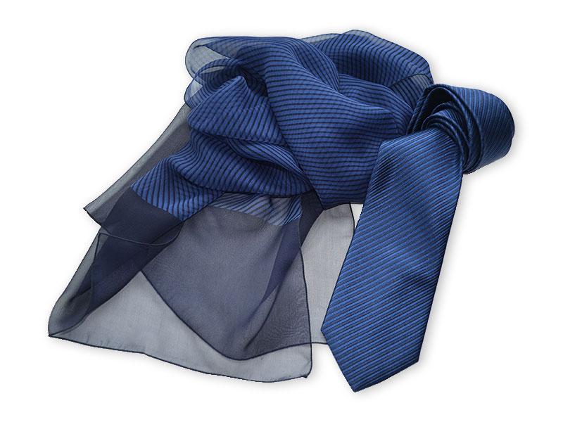 Seidenkrawatte mit passendem Chiffon-Schal