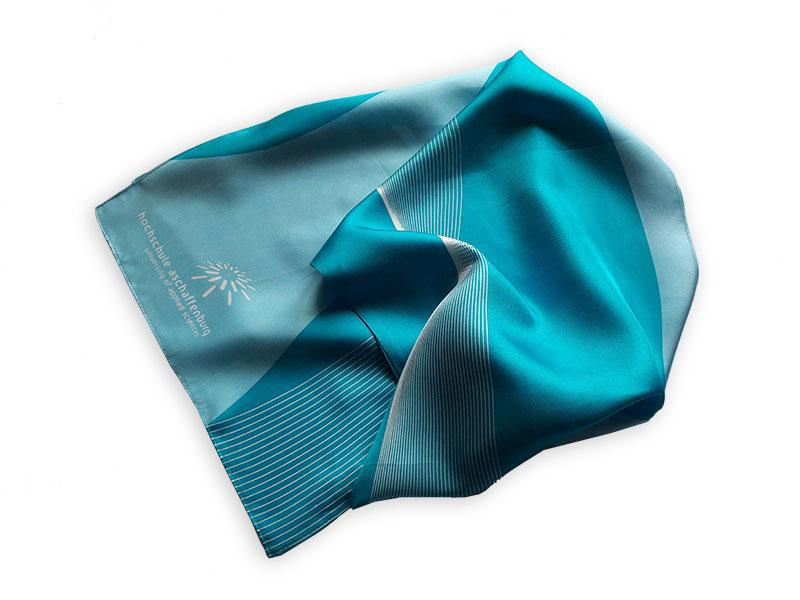 Reinseidener Schal im Corporate Design und mit Logo für die Hochschule Aschaffenburg