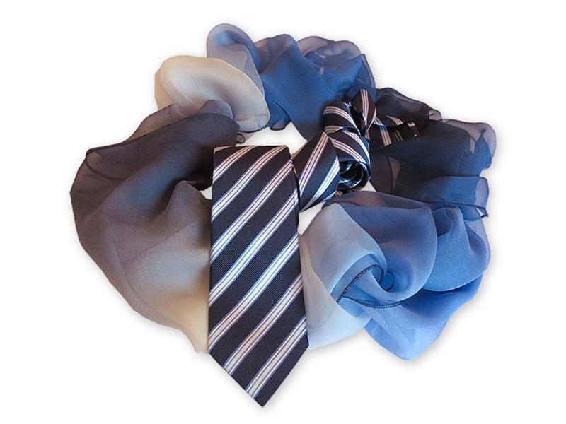 Krawatten mit passenden Loop-Schals für die R+V Versicherung