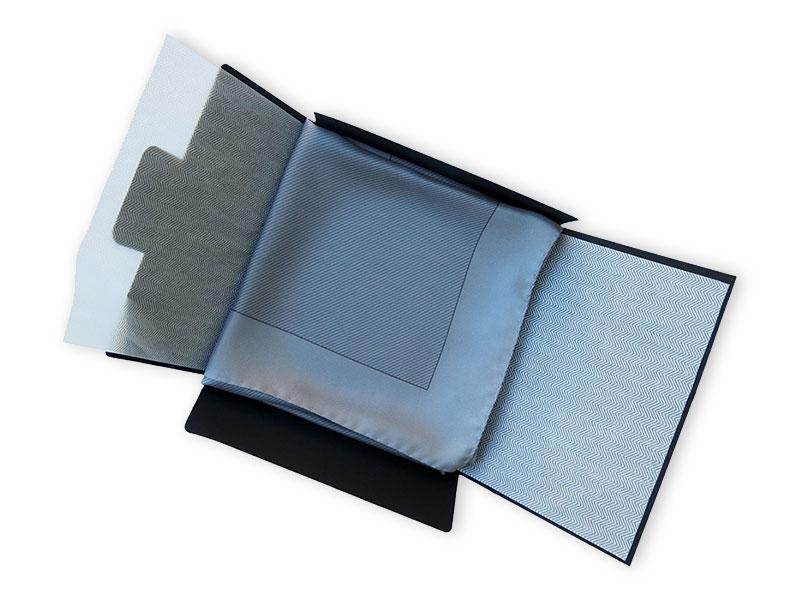 Tuchverpackung Firmenschal ohne Fenster