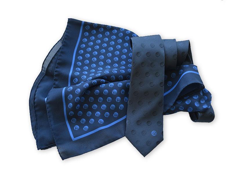 Krawatten und Tücher mit Logo